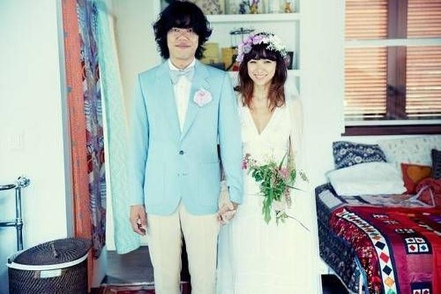 Lee Hyori hé lộ lý do lựa chọn chàng nhạc sĩ nghèo làm chồng - 1