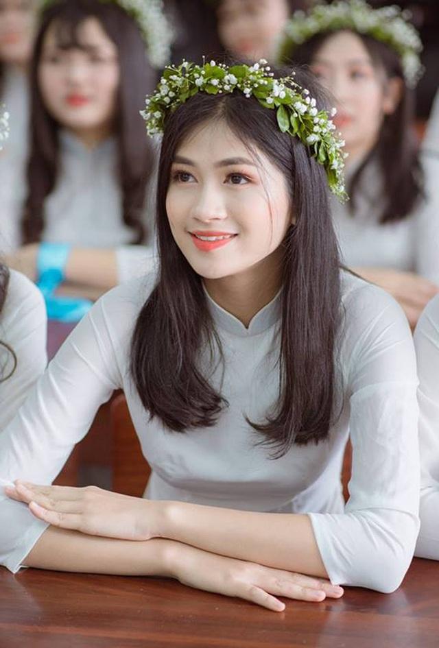 Ngẩn ngơ nhan sắc đời thường của loạt thí sinh Hoa hậu Việt Nam 2020 - 20