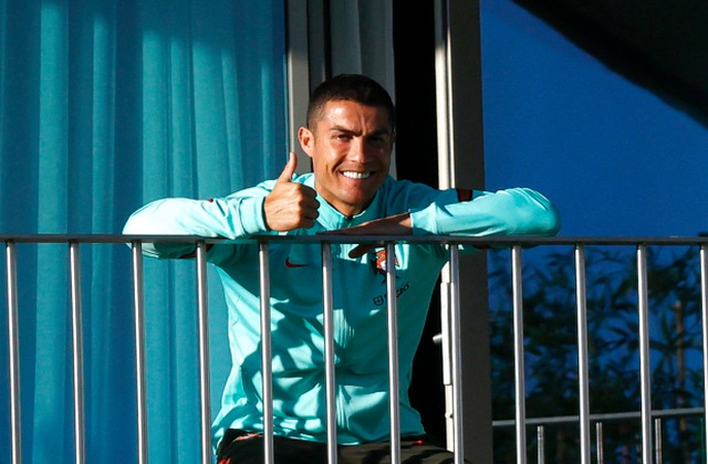 C.Ronaldo đối diện với nguy cơ bị phạt nặng - 2