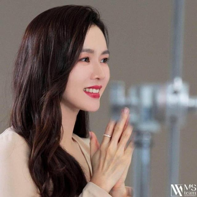 """""""Chị đẹp"""" Son Ye Jin mua biệt thự hơn 300 tỷ đồng - 2"""