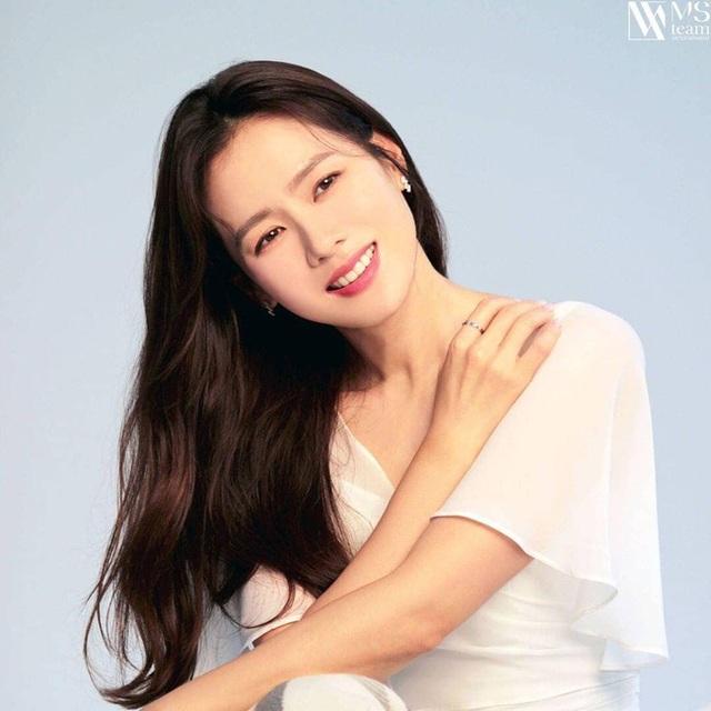 """""""Chị đẹp"""" Son Ye Jin mua biệt thự hơn 300 tỷ đồng - 3"""