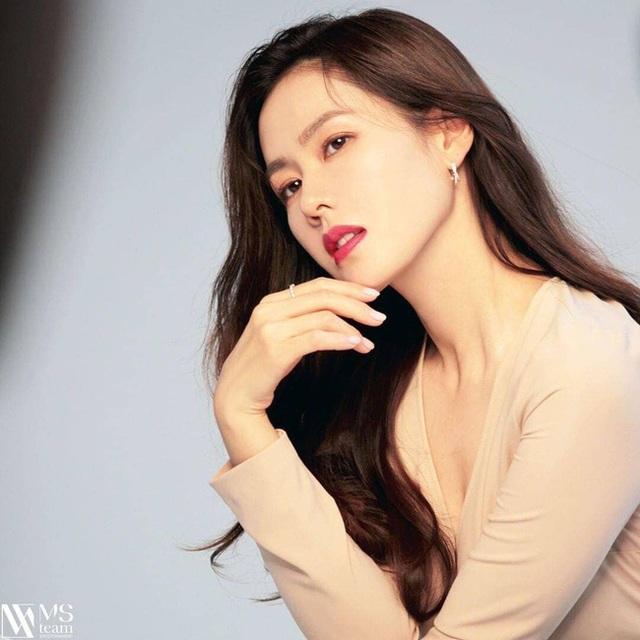 """""""Chị đẹp"""" Son Ye Jin mua biệt thự hơn 300 tỷ đồng - 4"""