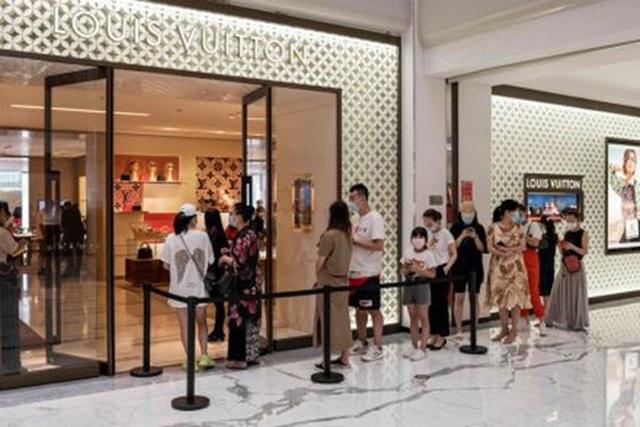 Nhà giàu Trung Quốc tăng chi tiêu xa xỉ nhiều hơn nhà giàu Mỹ - 4
