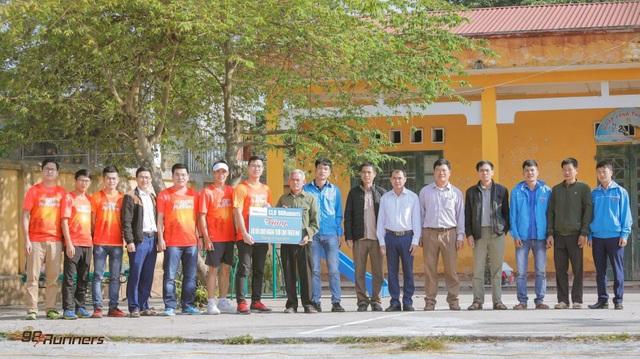 Vượt 2.603 km, vận động viên 9x giúp trẻ em khiếm khuyết được phẫu thuật - 3