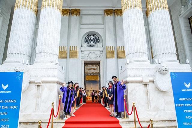 Trường đại học VinUni khai giảng năm học đầu tiên - 1