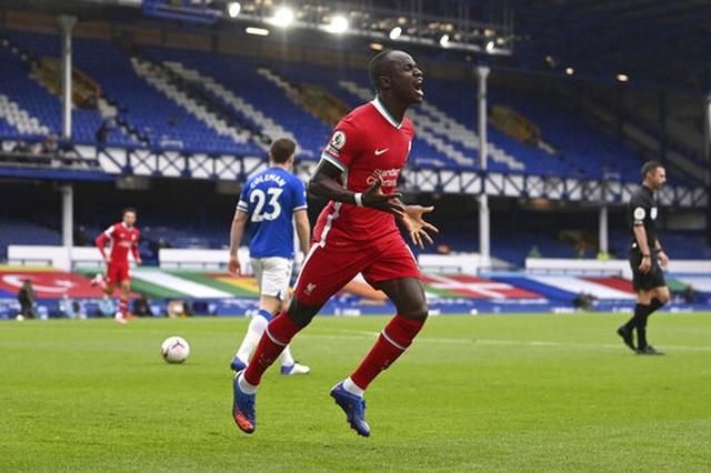 Everton 2-2 Liverpool: Màn rượt đuổi quyết liệt - 15