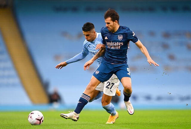 Man City 1-0 Arsenal: Sterling mang tới sự khác biệt - 11