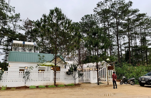 """Đóng 3 cửa hàng ở Hà Nội, cặp đôi """"bỏ phố, lên rừng"""" làm nhà đẹp như mơ - 5"""