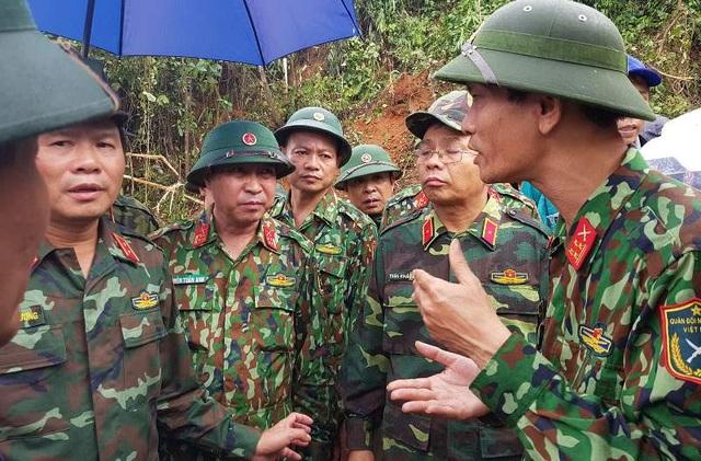 Đưa 2 trực thăng từ Đà Nẵng ra Quảng Trị, tiếp tế cho vùng bị cô lập - 4