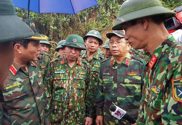 Đưa 2 trực thăng từ Đà Nẵng ra Quảng Trị, tiếp tế cho vùng bị cô lập - 2