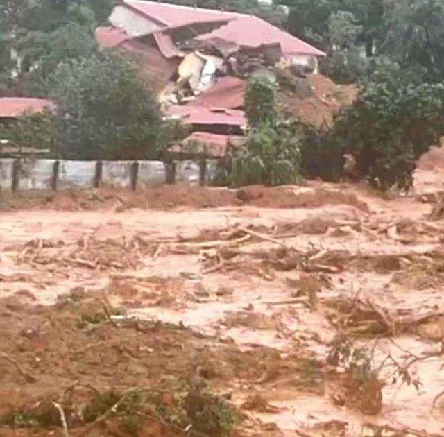 Hiện trường vụ lở núi kinh hoàng vùi lấp 22 cán bộ, chiến sĩ tại Quảng Trị - 6
