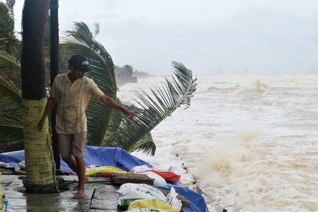 Sóng lớn uy hiếp bờ, resort trăm tỷ ở Hội An có nguy cơ bị nuốt chửng - 14