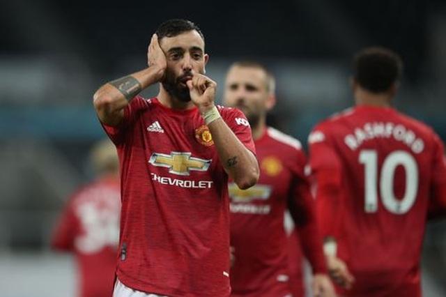 Newcastle 1-4 Man Utd: Bùng nổ 10 phút cuối trận - 2