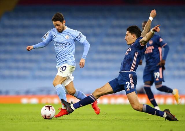 Man City 1-0 Arsenal: Sterling mang tới sự khác biệt - 7
