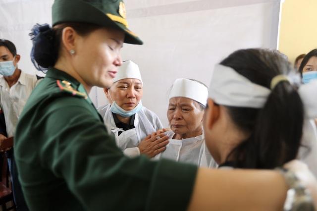 Hành trình sau cùng về với đất mẹ của 13 cán bộ, chiến sỹ hi sinh - 17