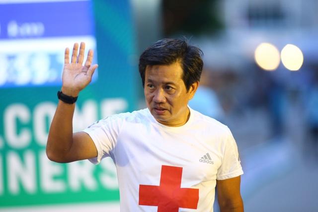 Ông Đoàn Ngọc Hải chinh phục giải marathon đặc biệt của Hà Nội - 1