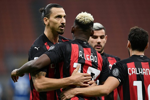 Ibra giúp AC Milan hạ gục Inter, Juventus gây thất vọng ngày vắng C.Ronaldo - 1