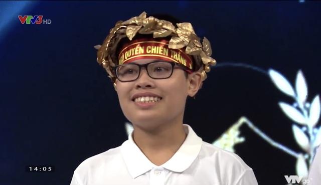 Chú Doraemon bé nhỏ chiến thắng ở cuộc thi Tháng đầu tiên Olympia 21 - 3