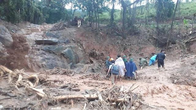 Hiện trường vụ lở núi kinh hoàng vùi lấp 22 cán bộ, chiến sĩ tại Quảng Trị - 12