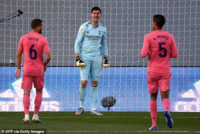 Real Madrid thua sốc trước đội mới lên hạng tại Bernabeu - 4