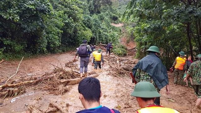 Hiện trường vụ lở núi kinh hoàng vùi lấp 22 cán bộ, chiến sĩ tại Quảng Trị - 2