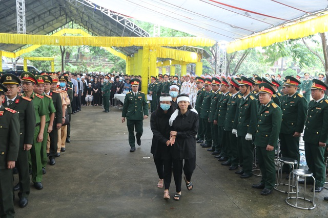 Hành trình sau cùng về với đất mẹ của 13 cán bộ, chiến sỹ hi sinh - 65
