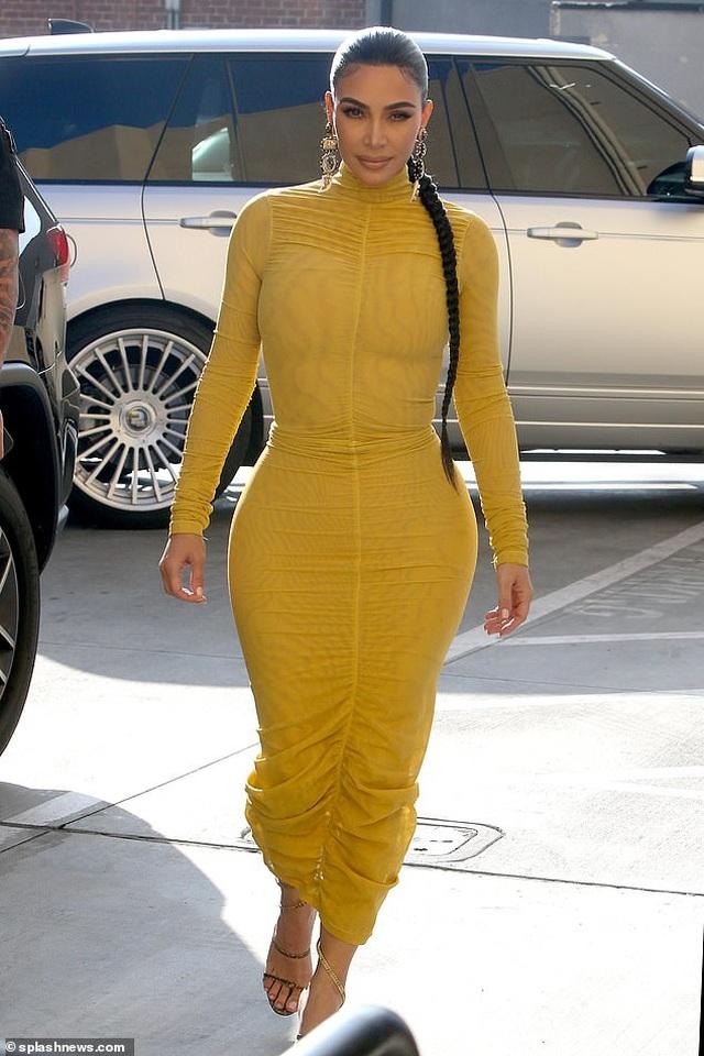 Kim Kardashian tiết lộ kiếm tiền trên mạng nhiều hơn show truyền hình - 1