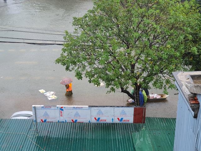 Hà Tĩnh đang gánh chịu trận lũ lụt lớn nhất trong 50 năm qua? - 12