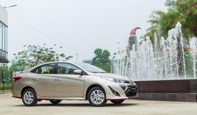 """Bán gần 3.000 xe tháng 9, đây là lý do Toyota Vios cho đối thủ """"hít khói"""" - 3"""