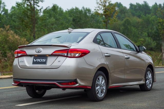 """Bán gần 3.000 xe tháng 9, đây là lý do Toyota Vios cho đối thủ """"hít khói"""" - 4"""