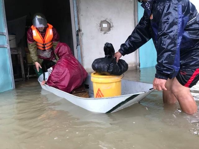 Khẩn cấp sơ tán hàng trăm nghìn người dân ở nhiều vùng mưa lũ - 2