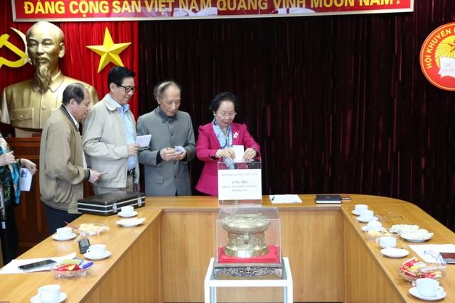 Hội Khuyến học Việt Nam phát động quyên góp ủng hộ đồng bào vùng lũ - 1