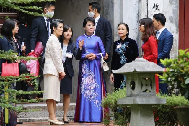 Phu nhân Thủ tướng Nhật Bản thăm Văn Miếu - Quốc Tử Giám - 3