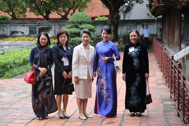 Phu nhân Thủ tướng Nhật Bản thăm Văn Miếu - Quốc Tử Giám - 8