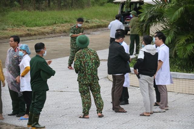 Vụ vùi lấp 22 chiến sĩ: Thi thể cuối cùng đã về tới TP Đông Hà - 2