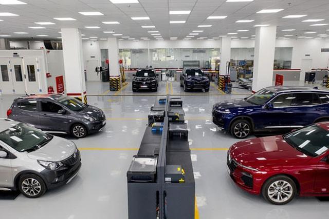 Nhiều mẫu ô tô giảm 100% phí trước bạ - 1