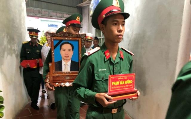 Tổ chức Lễ truy điệu, an táng liệt sĩ hy sinh tại Thủy điện Rào Trăng 3 - 1