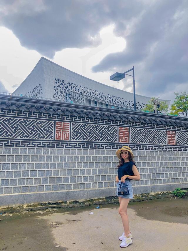 Phát hiện bức tường Hàn Quốc thần thánh giữa lòng Hà Nội - 4