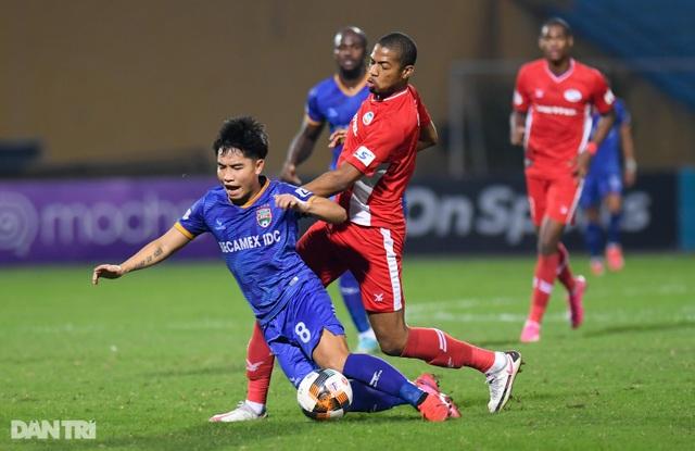 Thắng Bình Dương, CLB Viettel giữ ngôi đầu bảng V-League - 5