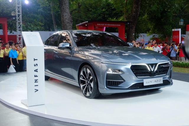 Đua khuyến mại để đẩy hàng tồn, xe sedan cỡ D giảm tới 100 triệu đồng - 4