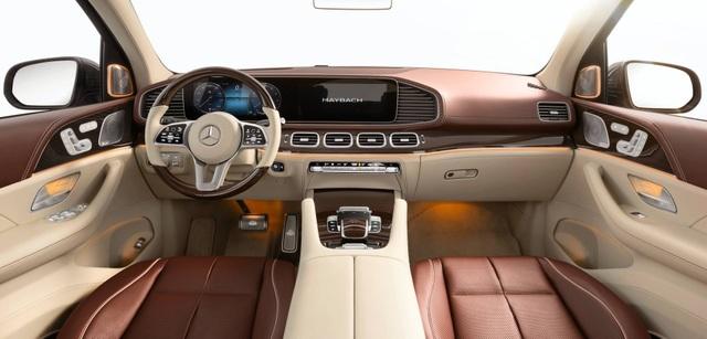 Mercedes-Maybach GLS 600 gây sốc vì giá bán - 16