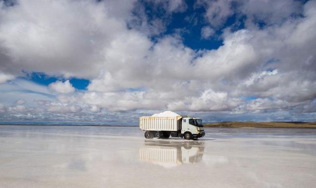 Cận cảnh hồ muối chứa hơn 50 tỷ tấn muối ăn, đủ cung cấp cho 6 tỷ người - 4
