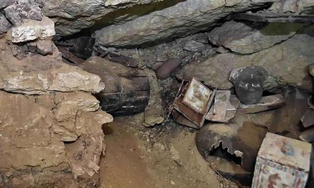 Ai Cập mở hàng chục quan tài 2.500 năm tuổi chứa xác ướp - 2