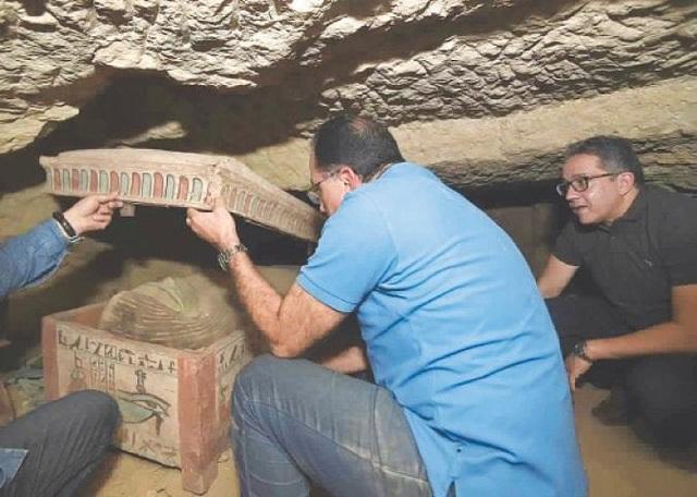 Ai Cập mở hàng chục quan tài 2.500 năm tuổi chứa xác ướp - 3
