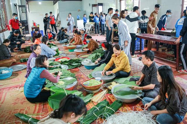 Gói 10.000 bánh chưng chay gửi vào miền Trung - 2