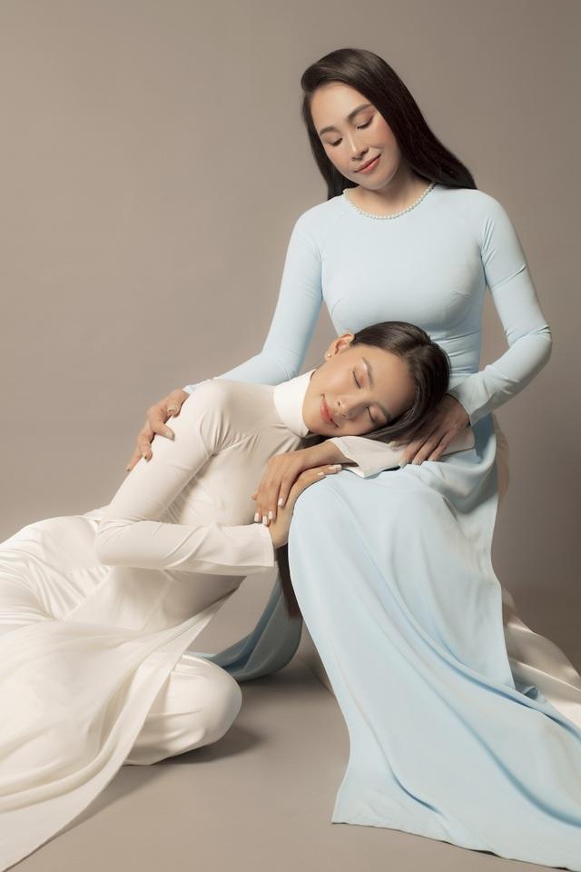 Hoa hậu Trần Tiểu Vy: Người phụ nữ đẹp nhất chính là mẹ - 6