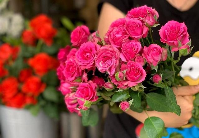 Giới buôn hoa liêu xiêu vì lời kêu gọi hạn chế tặng hoa dịp 20/10 - 3