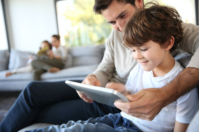 Nội dung bẩn tràn lan internet: Bố mẹ cần làm gì để bảo vệ con trẻ? - 5