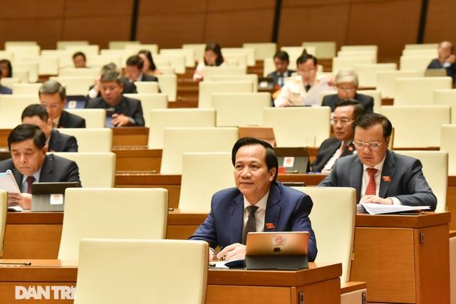 Thủ tướng: Năm 2020 kinh tế Việt Nam vượt Singapore, đứng thứ 4 ASEAN - 2