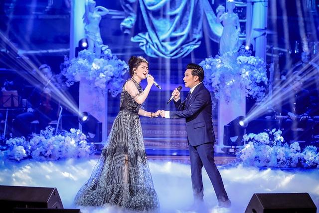 Quang Hà nồng nàn với Lệ Quyên hát mừng ngày Phụ nữ Việt Nam - 2